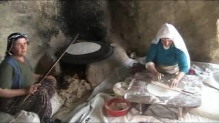 Çorum-Ortaköy, Yufka Yapan Annelerimiz...