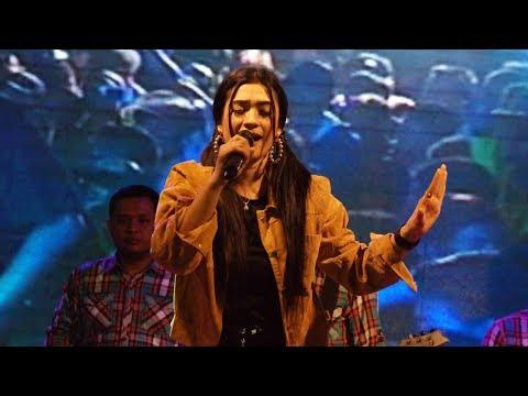 Ivha Berlian - Ambilkan Gelas | HUT TNI KE 73 | KODIM 0820