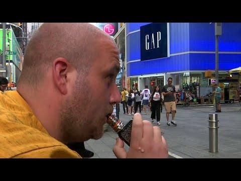 В США призывают отказаться от электронных сигарет и вейпов.
