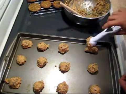oatmeal-chocolate-chip-cookies-recipe