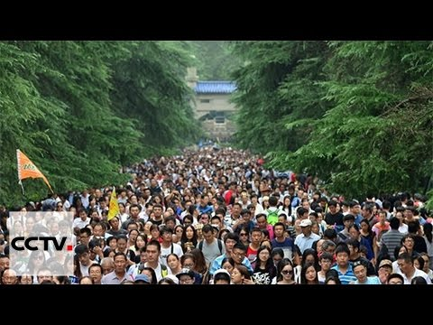 Number of tourists breaks record during China's National Day holiday