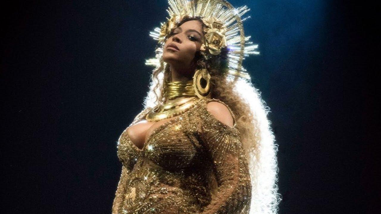 Download Beyoncé live performance at the 2017 Grammys (Love Drought + Sandcastles)