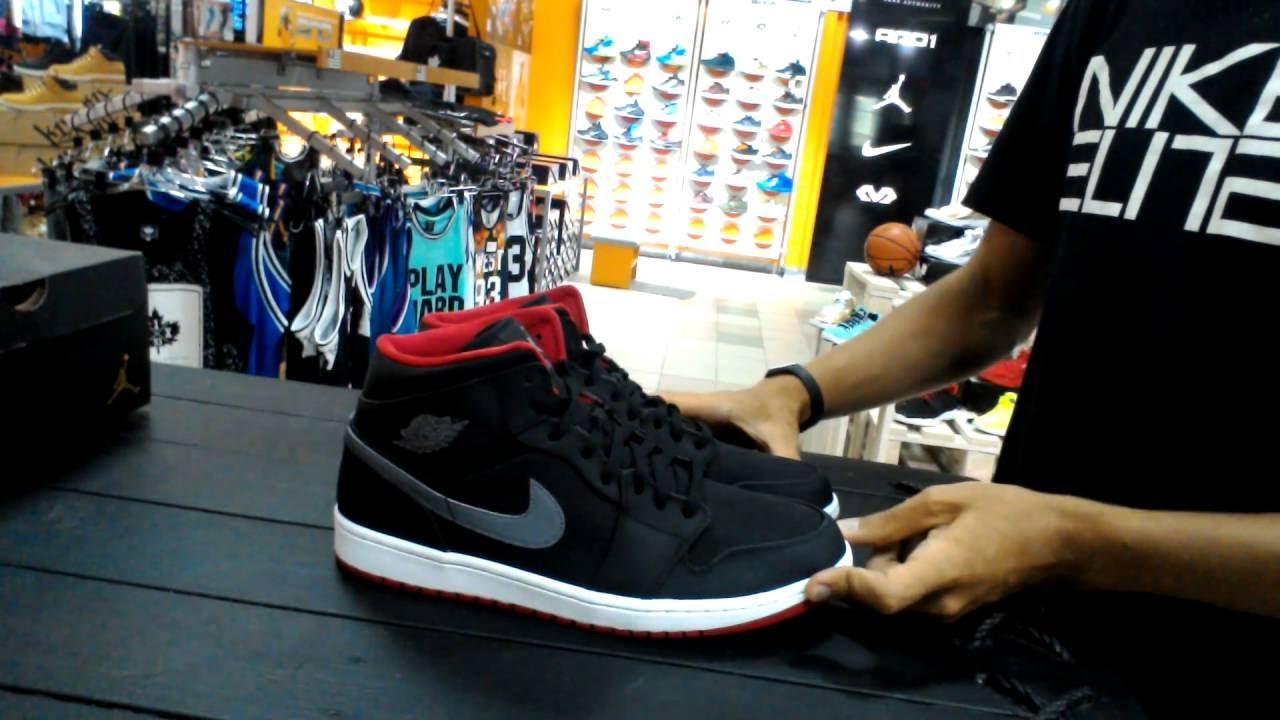 wholesale dealer 90ba8 e7177 Review Air Jordan Retro 1 MID Black Cool Grey Gym Red 554724-004 Baller s  House