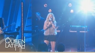 Ellie Goulding Performs 'Burn' The Queen Latifah Show