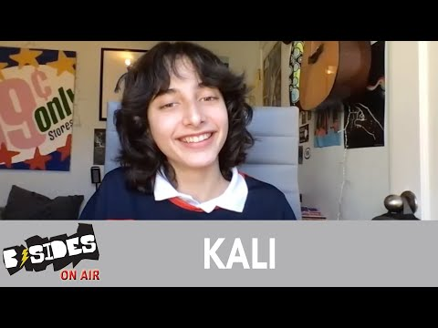 KALI Talks Debut EP, 'Circles', Gaining Self-Confidence From Live Performances