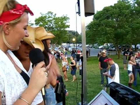 Crazy Karaoke Girls at PNC for Toby Keith - June 19th, 2010