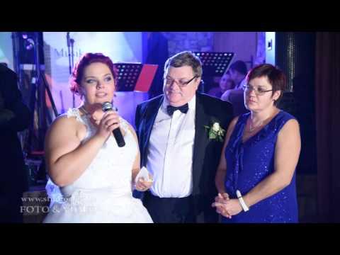 Emotionale Worte von der Braut an die Eltern
