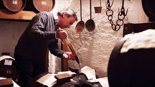 Balsamic Vinegar of Modena and Traditional Balsamic Vinegar of Modena
