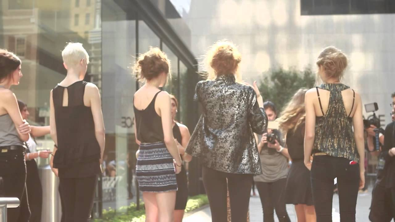 Bowie at Fashion Palette New York 2012 [Street Runway Show ...