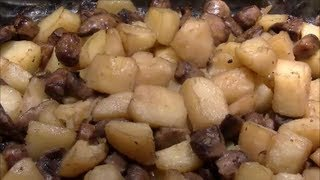 Oven-Roasted Potatoes & Mushrooms