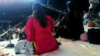 Download Hindi Video Songs - Urvashi Radadiya & Kirtidan Gadhvi Jugal Bandhi...