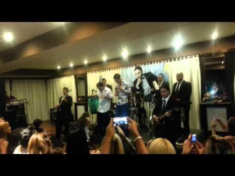 Daniel Agostini 20/20 En Vivo : Te Pido Ayuda ( Con Rodrigo Tapari) By Lea Lopez