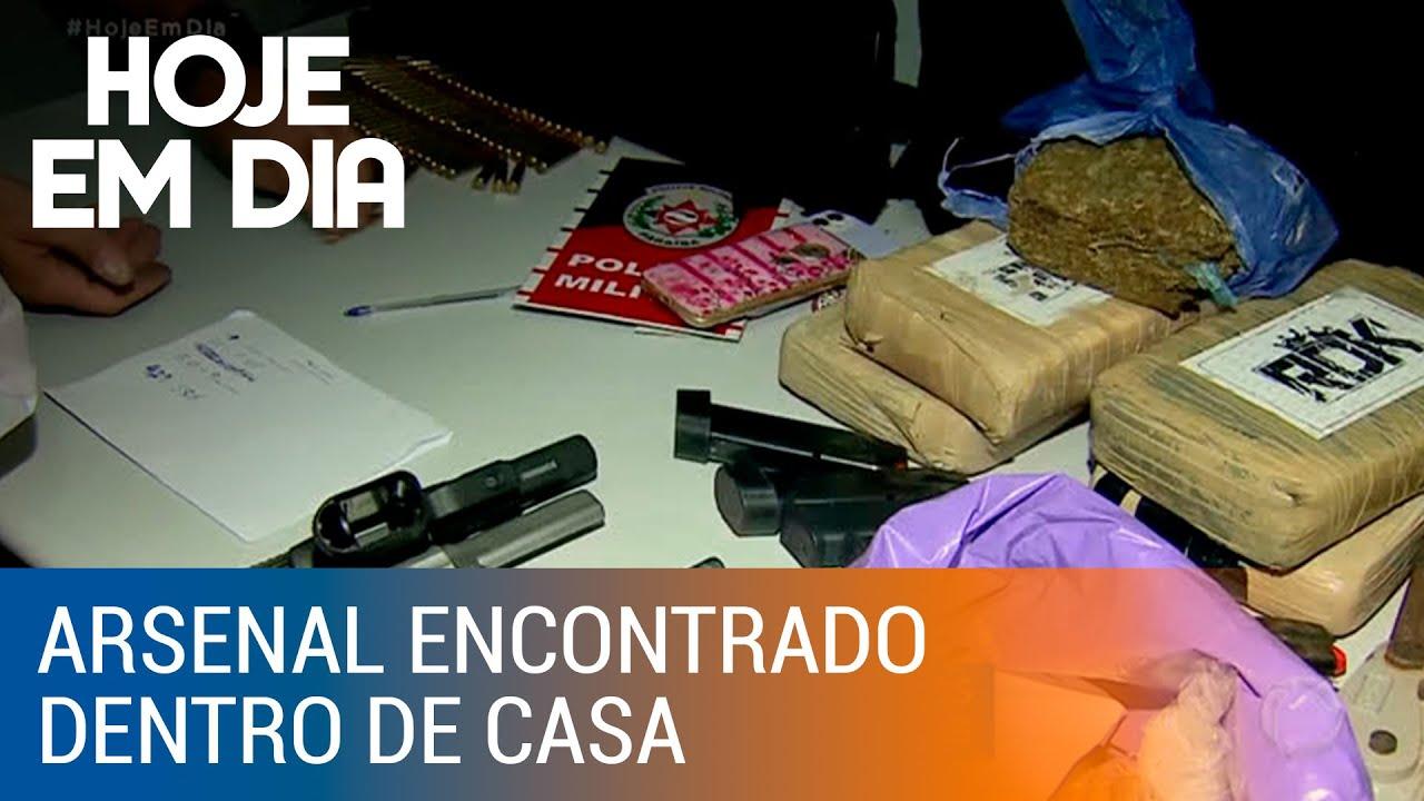 Polícia encontra arsenal na casa de menino que atirou na própria irmã