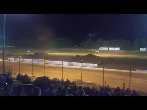 Late models at Southern Raceway in Milton Florida