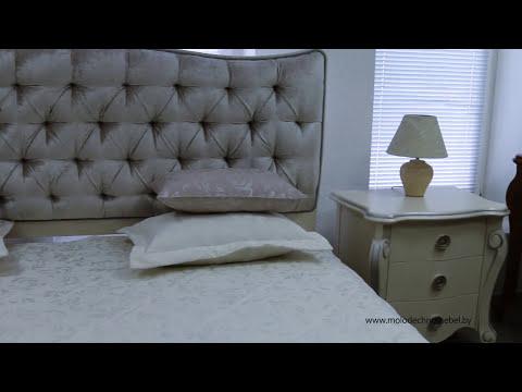 Мебель в спальню. Кровать, шкаф-купе пескоструй, комод на заказ Киев.