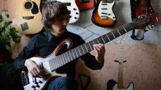 """""""Lost in time"""" - Bass solo by G3nbl4. This is my first own solo bas..."""
