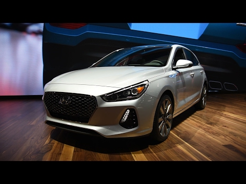 2018 Hyundai Elantra GT First Look 2017 Chicago Auto Show