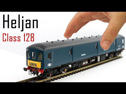 Unboxing the Heljan Class 128