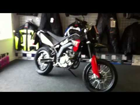 Lexmoto LSM 125 - Black 125cc Supermoto Motorcycle