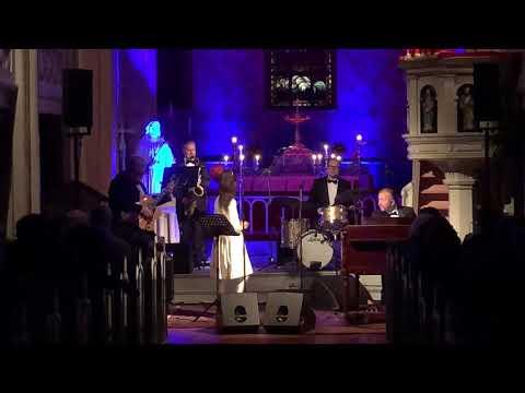 angelina-jordan-concert-crazy