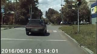 Правый поворотник и левый поворот