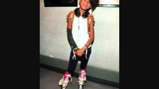 "Willow Smith ""Whip my hair"" (official music new song 2010) + Download"