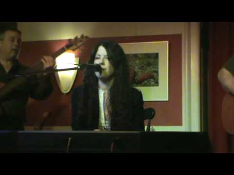 Krista Detor - Anemic Moon (live)