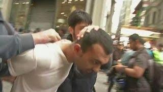 Gezi yıldönümünde gözaltılar - BBC TÜRKÇE