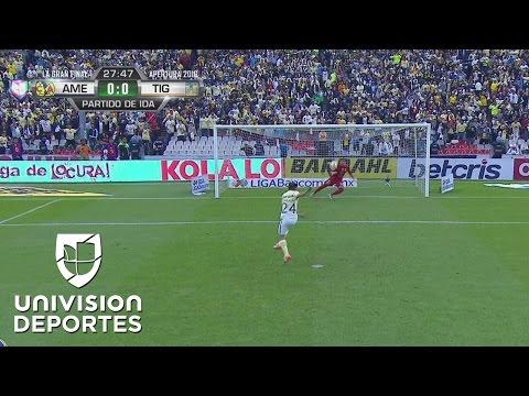 Oribe Peralta falla un polémico penal en la final ante Tigres