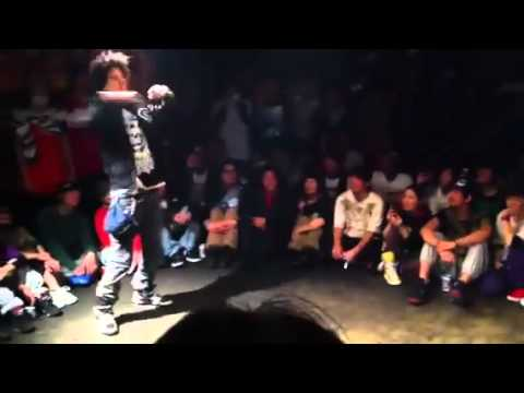 Les twins hook up