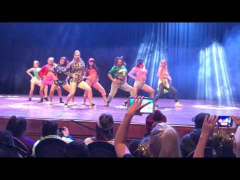 Request Dance Crew performing Sorry  Justin Bieber
