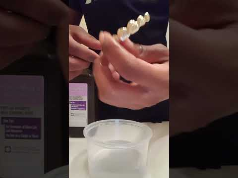 How to clean grillz