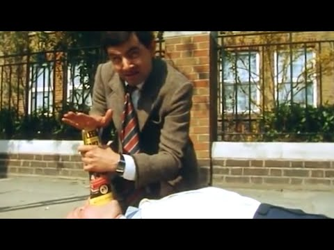 Life Saving Bean | Funny Episodes | Classic Mr Bean