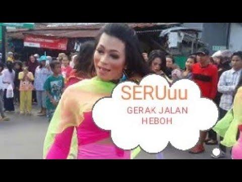 Aksi Heboohh Gerak Jalan Waria Kota Palopo 2017