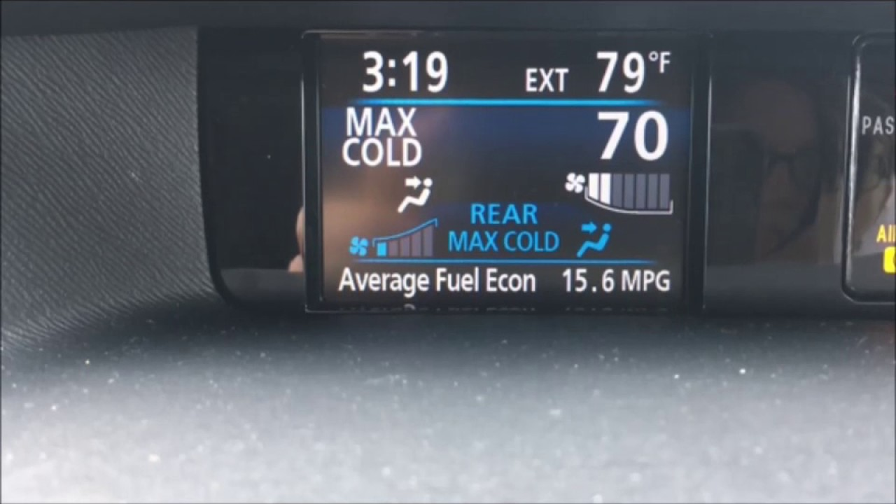 Toyota Camry: Outside temperature display