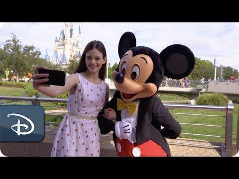 'The Nutcracker and the Four Realms' Star Mackenzie Foy Visits Walt Disney World Resort Mp3