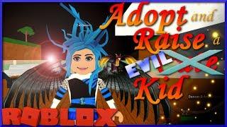 ADOPT E RAISE UN EVIL KID in ROBLOX😈The Evil Queen Role giocare😈SallyGreenGamer Geegee92 giochi per bambini