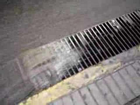 sumideros de aguas lluvias  YouTube