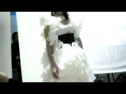 Лиза и ее платье из салфеток.