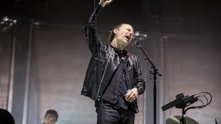 """Radiohead perform """"Everything in Its Right Place """" & """"Idioteque"""" in..."""