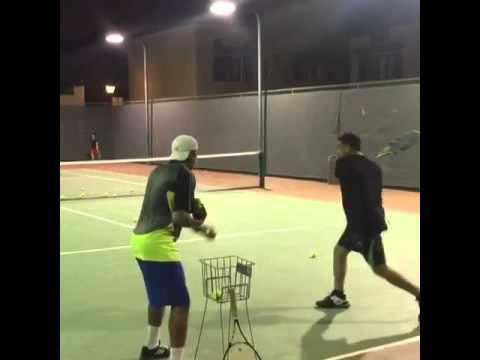 Essam tennis 2 hands backin