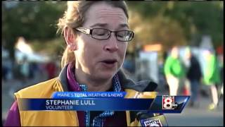 Thousands of runners compete in Maine Marathon