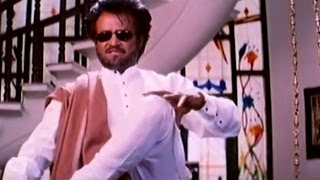 Narasimha Movie || Rajanikanth Stylish Action at Ramya Krishna's House