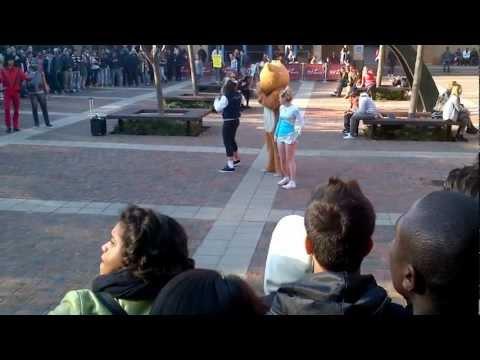 Harlem shake in QMUL #QMULHarlemShake
