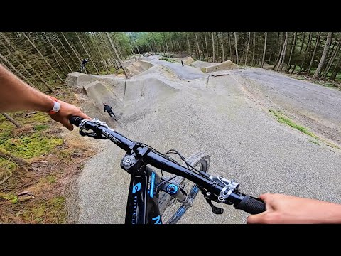 THIS NEW DOWNHILL FREERIDE LINE IS THE BEST IN THE UK!!