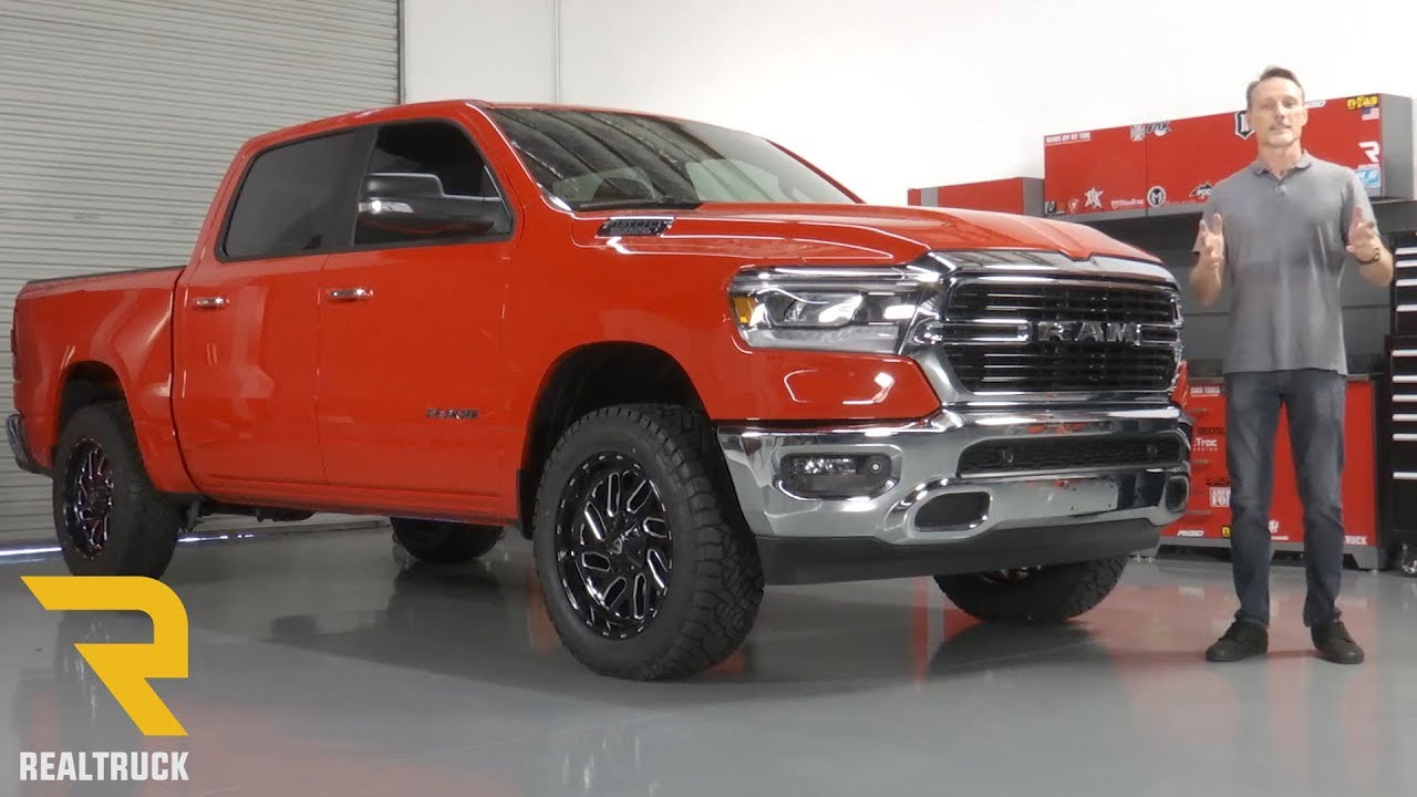 "How to Install Superlift 2"" Leveling Kit on a 2019 Dodge ..."