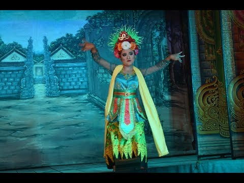 Gandrung Dor Cantik Janger Dharma Kencana Glondong Watukebo Di Sraten Pol Gowok Banyuwangi