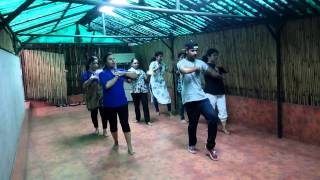 Indian School Of Music Performance for lady song dheere dheere se