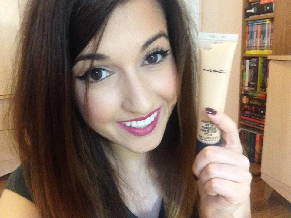 a beauty blog for all you self confessed make up addicts out there