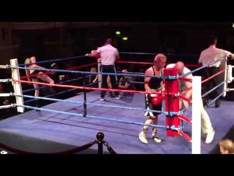 Helen Walsh v Carly McKenzie Kings Hall Ilkley December 13th 2013